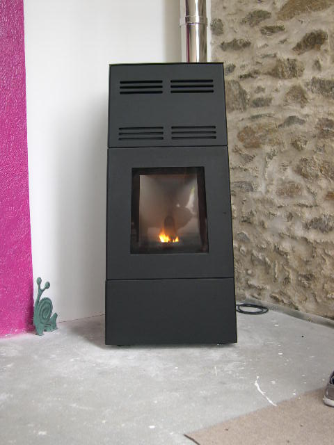 retour d 39 exp rience po le granul s jotul pf 800. Black Bedroom Furniture Sets. Home Design Ideas